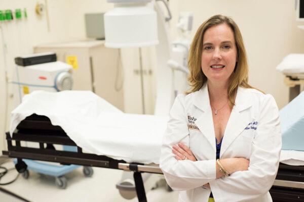 Dr. Julie Schwarz